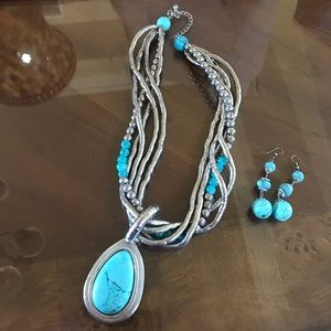 Vintage Costume Turquoise and Silver Necklace Set